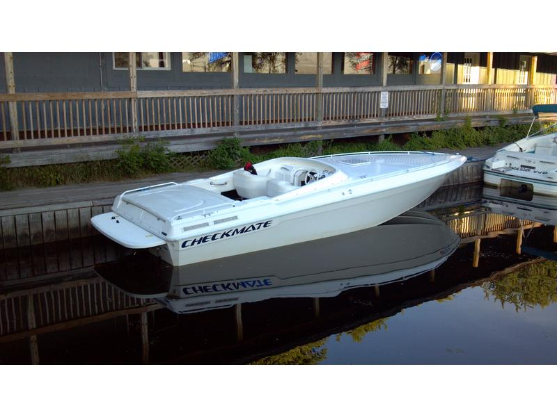 1998 Checkmate 253 located in New York for sale