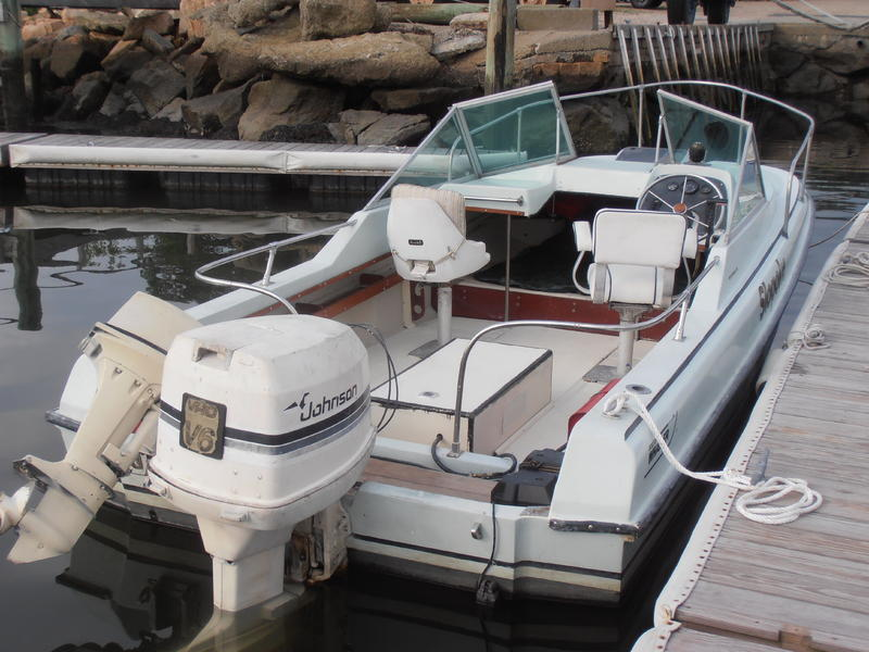 1973 Boston Whaler 19 revenge located in Massachusetts for sale