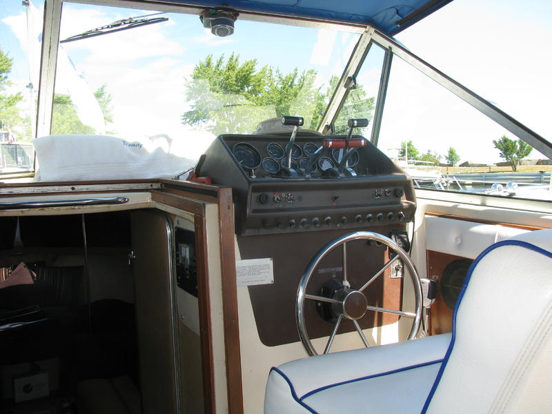 Chris-Craft 281 Catalina