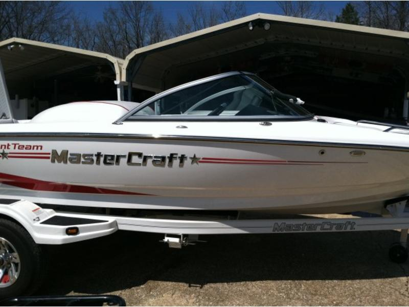 2011 MasterCraft Prostar 197 TT located in Missouri for sale