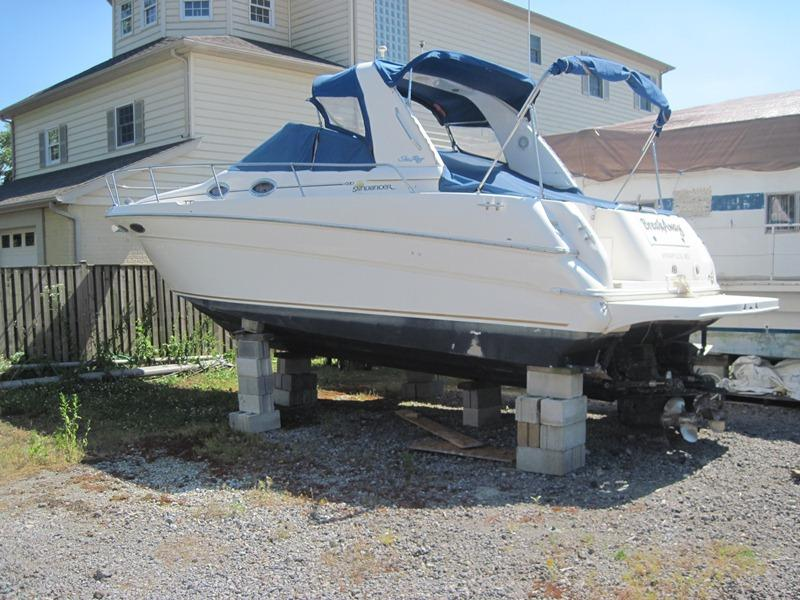 2000 Sea Ray 290 Sundancer located in Maryland for sale