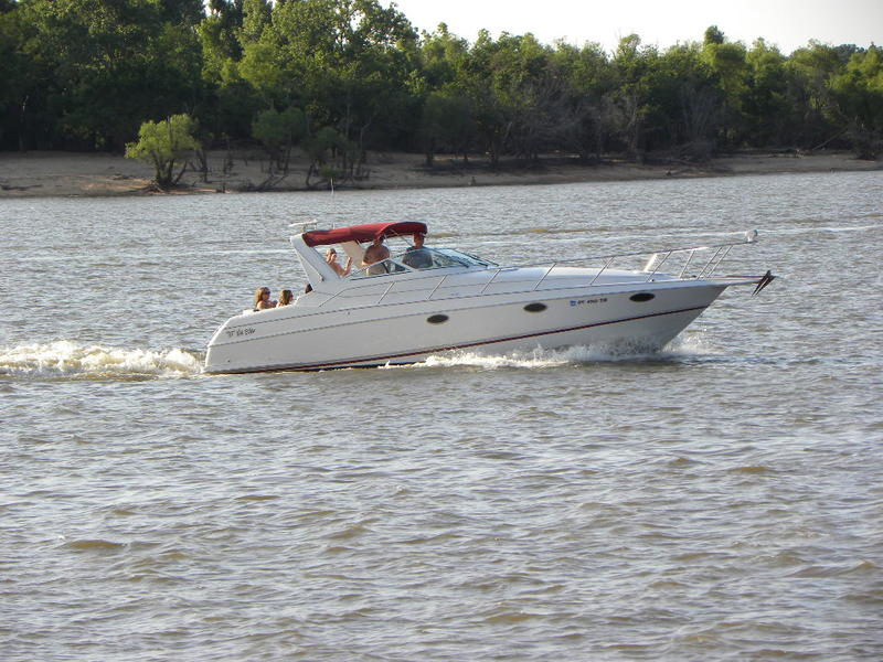 1991 Chris Craft Crowne located in Oklahoma for sale
