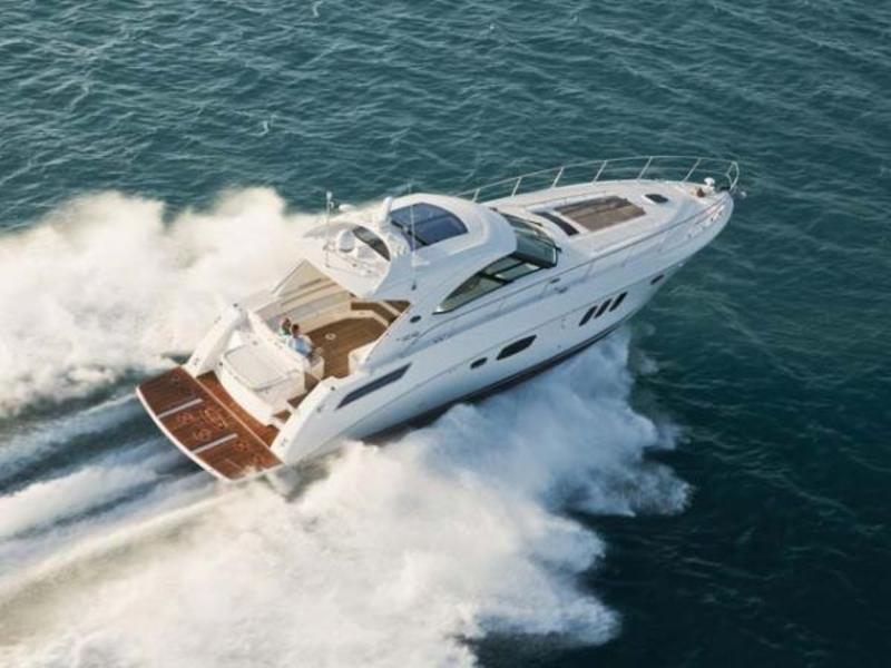 2010 Sea Ray Sundancer 54 located in Florida for sale