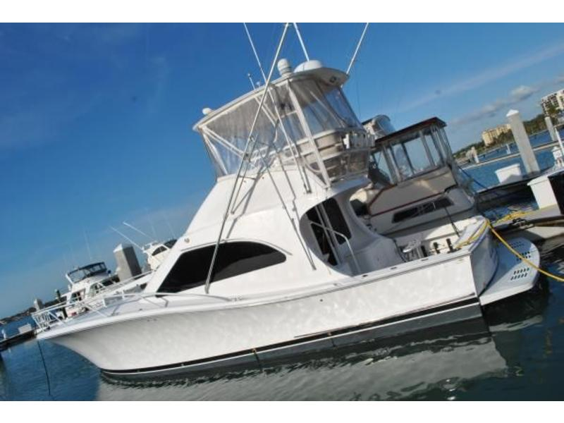 2003 Luhrs Convertible 44 located in Florida for sale