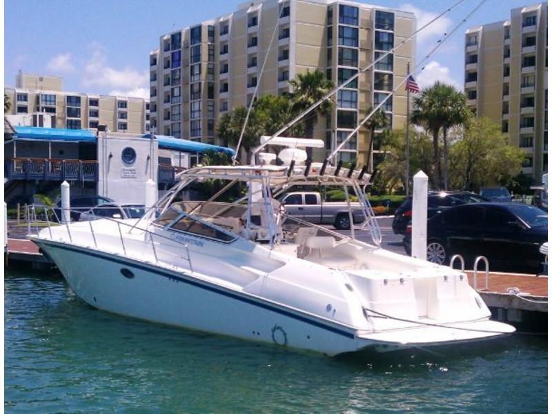 2006 Fountain 38 Sportfish Diesels located in Florida for sale