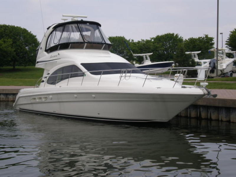 2007 Sea Ray 44 Sedan Bridge located in Florida for sale