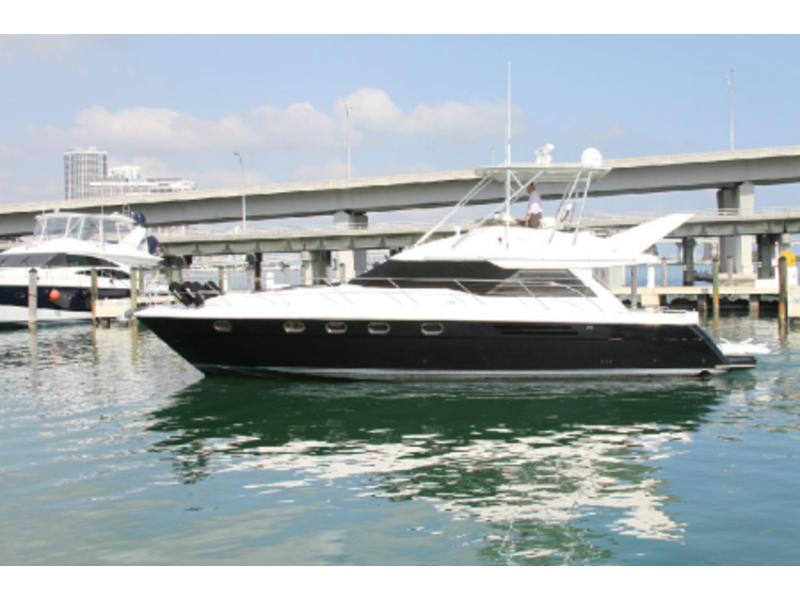 1997 Viking Sport Yacht located in Florida for sale