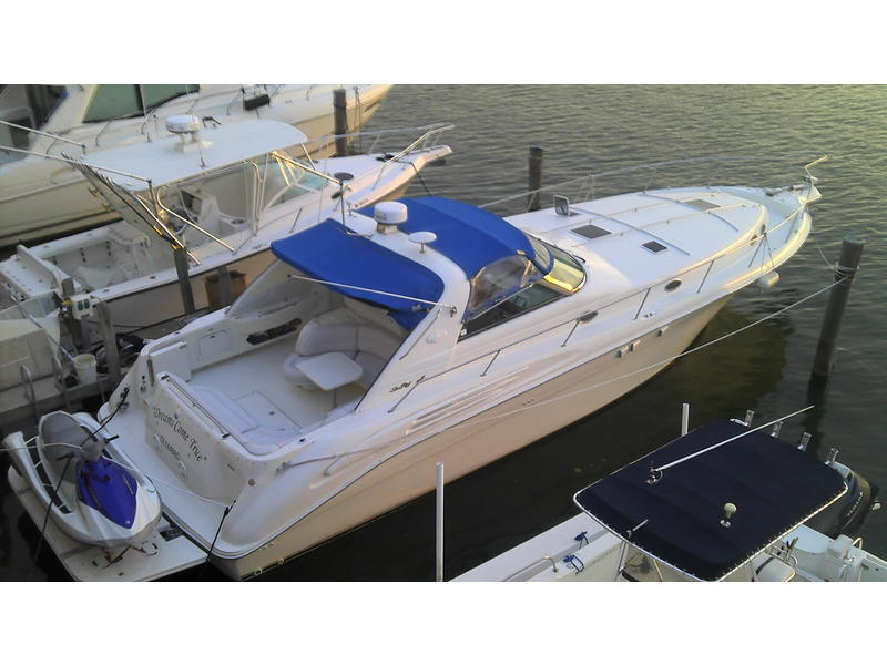 1998 Sea Ray 450 sundenuncer located in Florida for sale