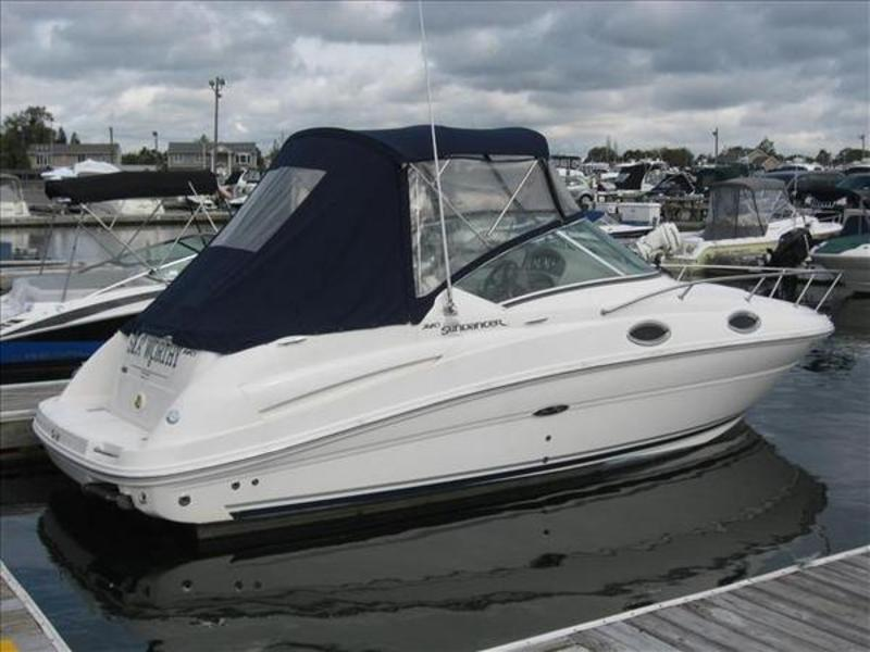 2007 Sea Ray Sundancer located in New York for sale