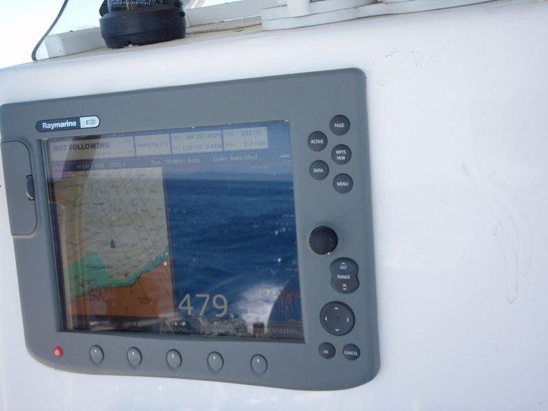 Twin Vee Catamaran Center Console