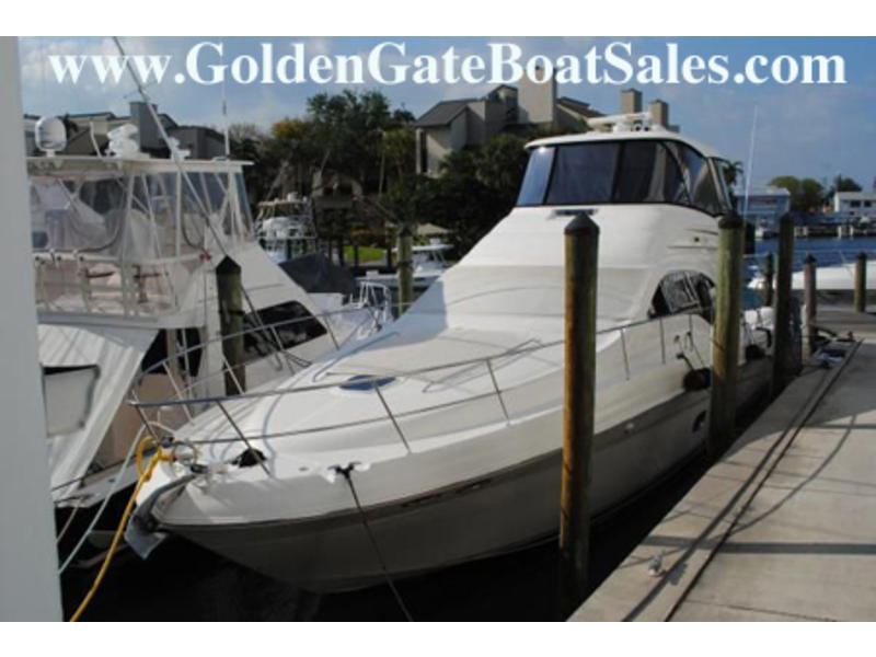 2005 SEA RAY Sedan Bridge located in Florida for sale