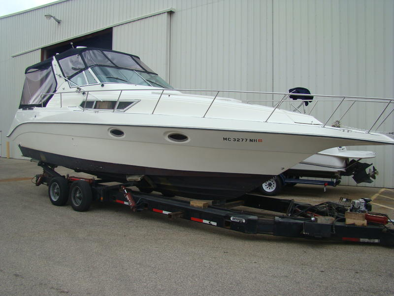1988 Cruisers 3170 Esprit located in Michigan for sale