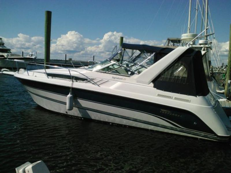 1997 Chaparral 290 Signature located in Massachusetts for sale