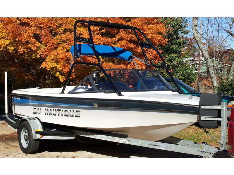 1996 Correct Craft Ski Nautique located in Georgia for sale