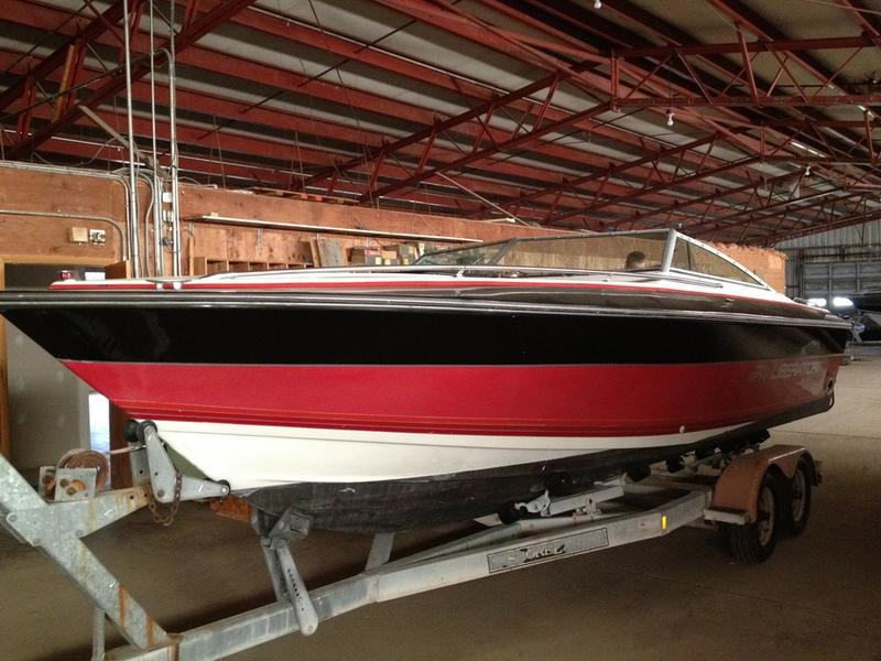 1988 Four Winns Liberator located in New York for sale