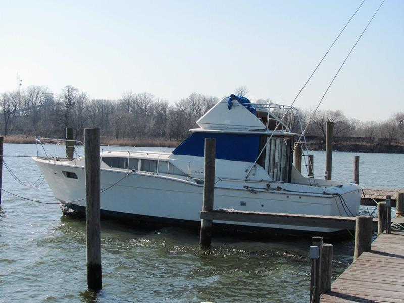 1968 Chris Craft Commander located in Maryland for sale