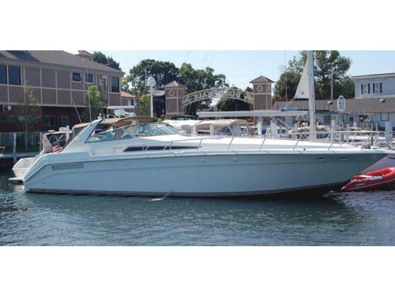 1992 Sea Ray Sundancer 50 located in Florida for sale