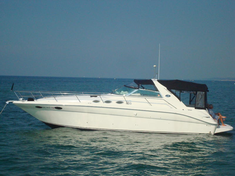1996 SeaRay 370DA located in Michigan for sale
