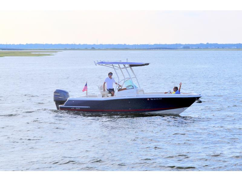 2007 Chris Craft Catalina located in New Jersey for sale