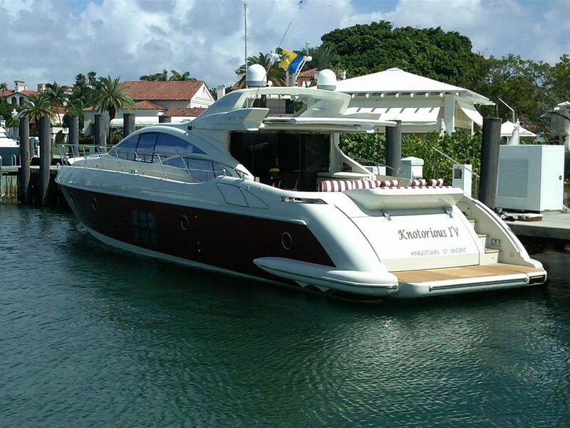 2007 Azimut 68S located in Florida for sale