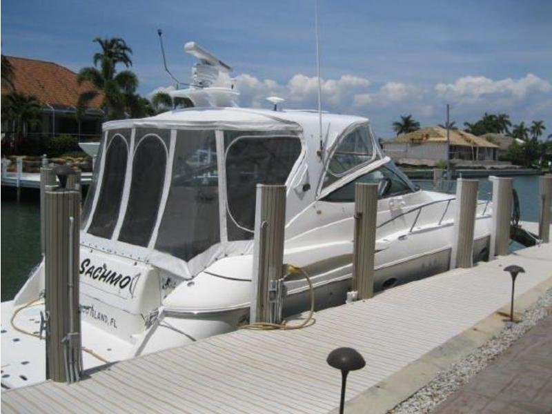 2004 Cruisers 44 Express located in Florida for sale
