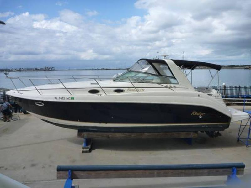 2002 Rinker 342 located in Florida for sale