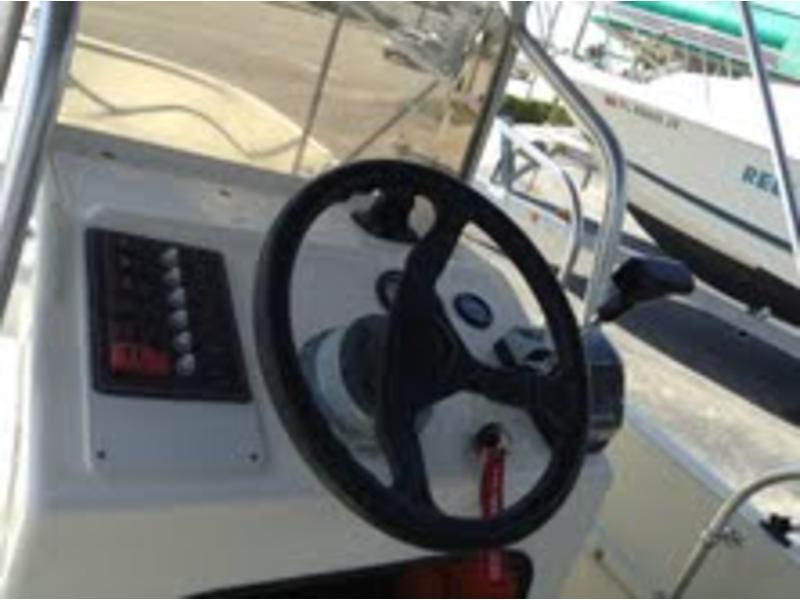 1974 Boston Whaler 17 Montauk powerboat for sale in Florida