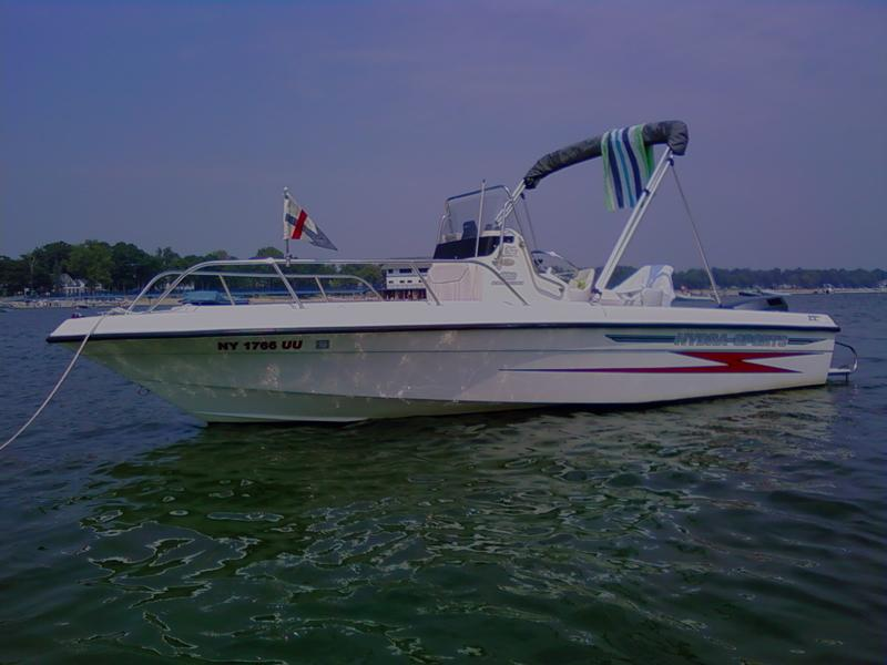1999 Hydra Sports 180 Seahorse located in New York for sale