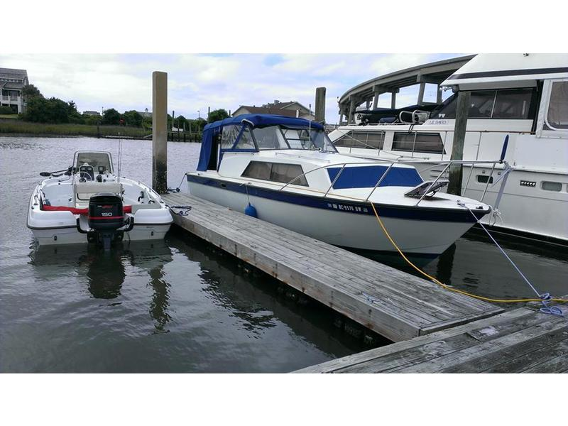 1972 Chris Craft Catalina 281 located in North Carolina for sale