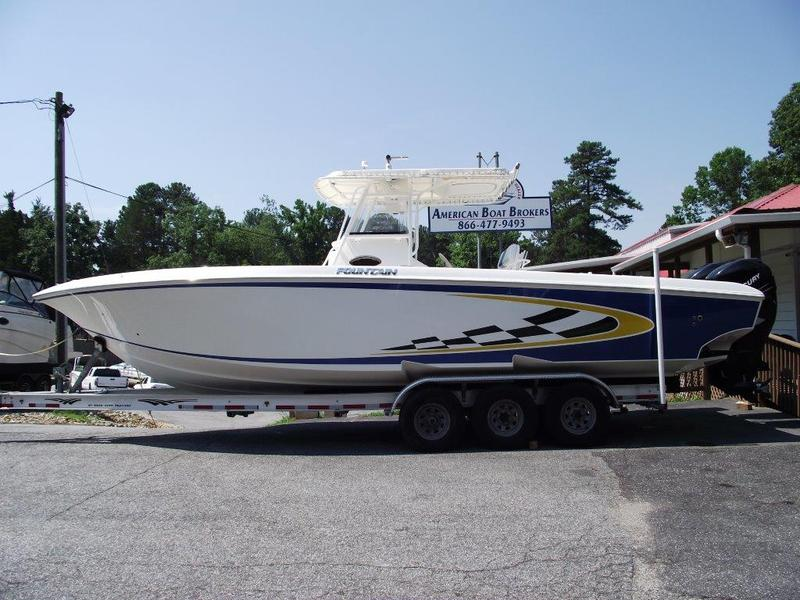 2006 FOUNTAIN 32 CC located in Georgia for sale