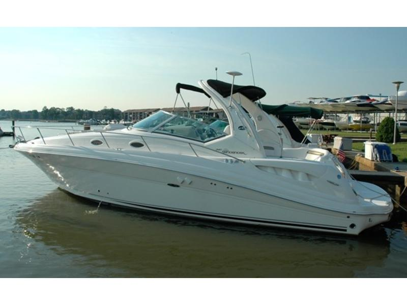 2006 SeaRay 340 Sundancer located in Wisconsin for sale