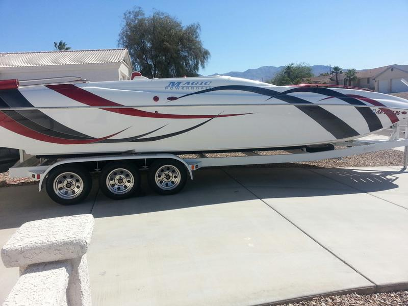 2007 Magic Powerboats 28 deckboat located in Arizona for sale