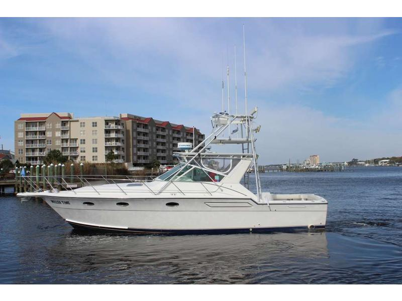 1991 Tiara Yachts 3600 Open located in Florida for sale
