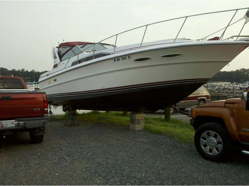 1989 Sea Ray Sundancer 340 located in Maryland for sale