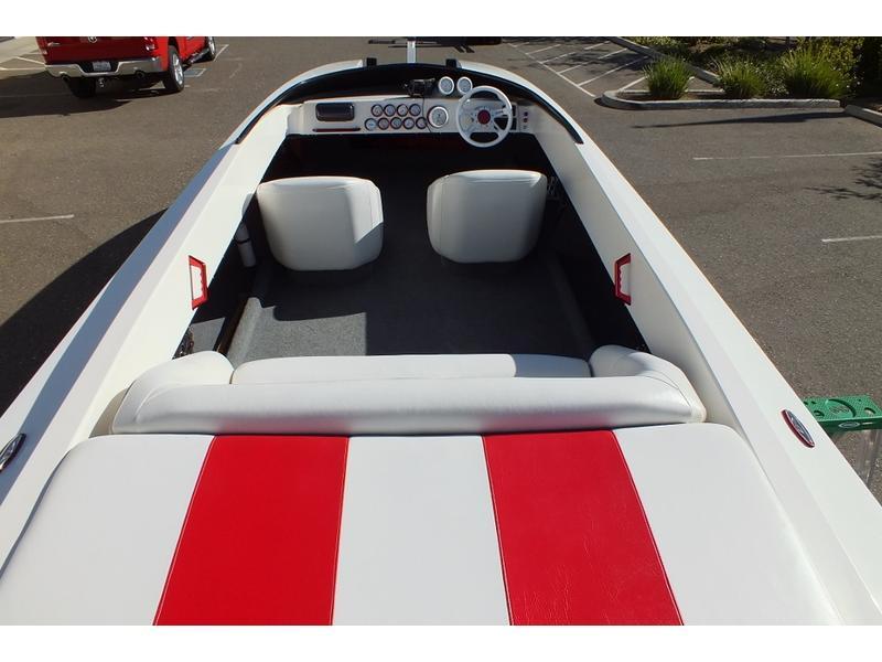 Baja Fresh Hours >> 2002 Liberator 25 powerboat for sale in New York