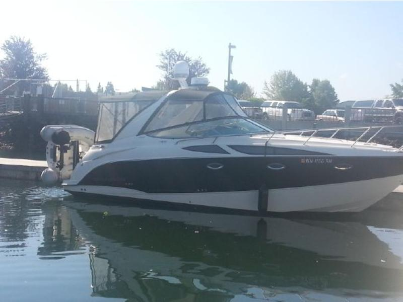 2009 Bayliner 300 Sunbridge located in Michigan for sale
