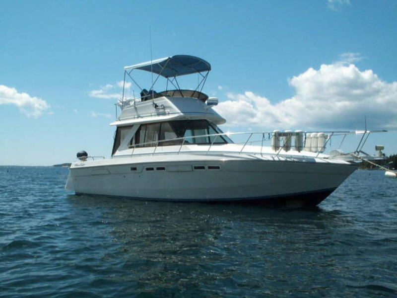 1987 CHRIS-CRAFT AMEROSPORT 333 FLYBRIDGE