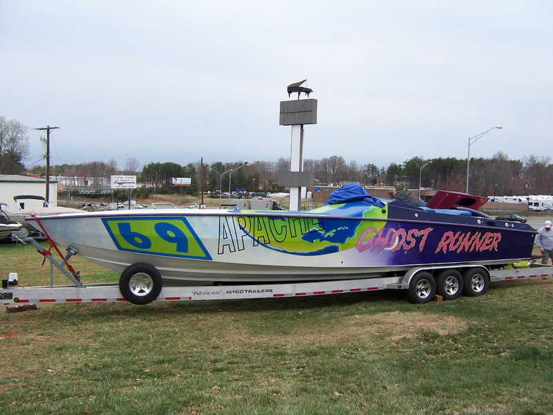 1994 Apache 41 located in North Carolina for sale