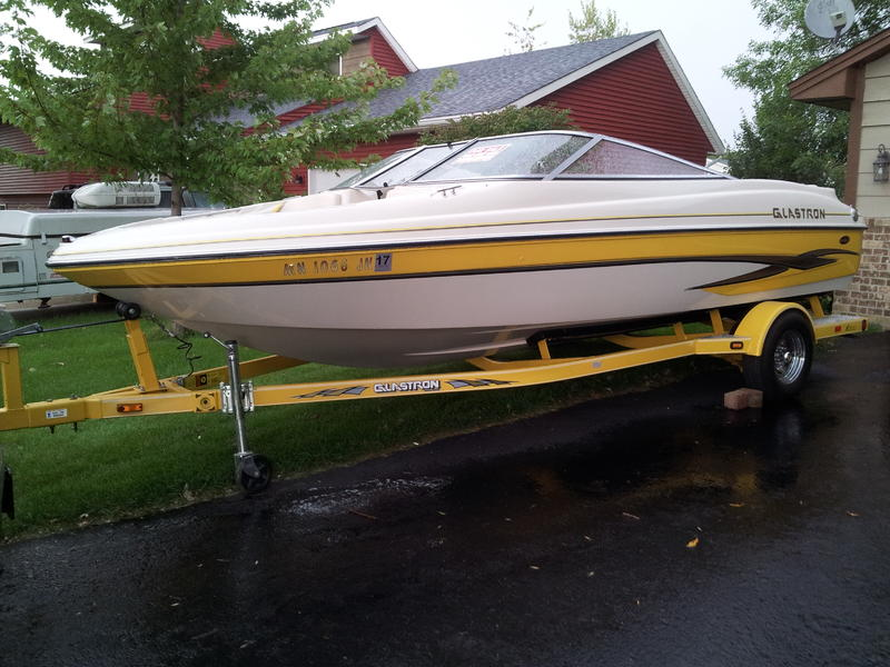 2003 Glastron GX205 located in Minnesota for sale
