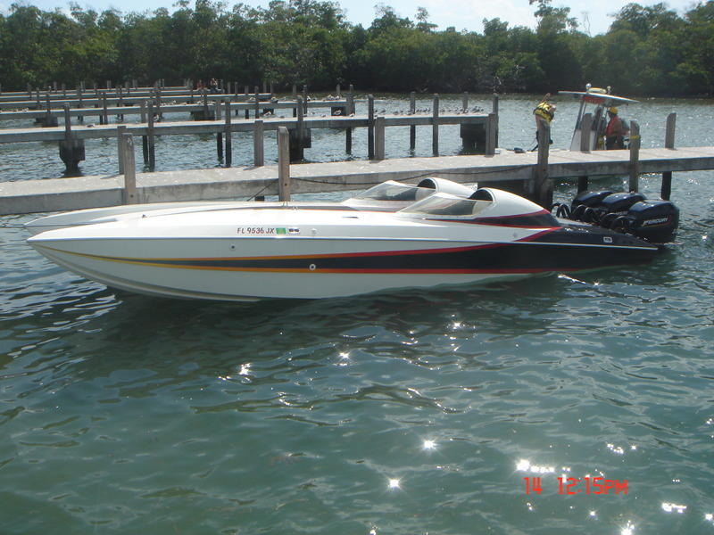 1992 Douglas Marine Skater located in Florida for sale