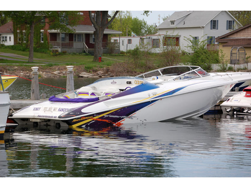 2004 Sunsation 32 Dominator located in Massachusetts for sale