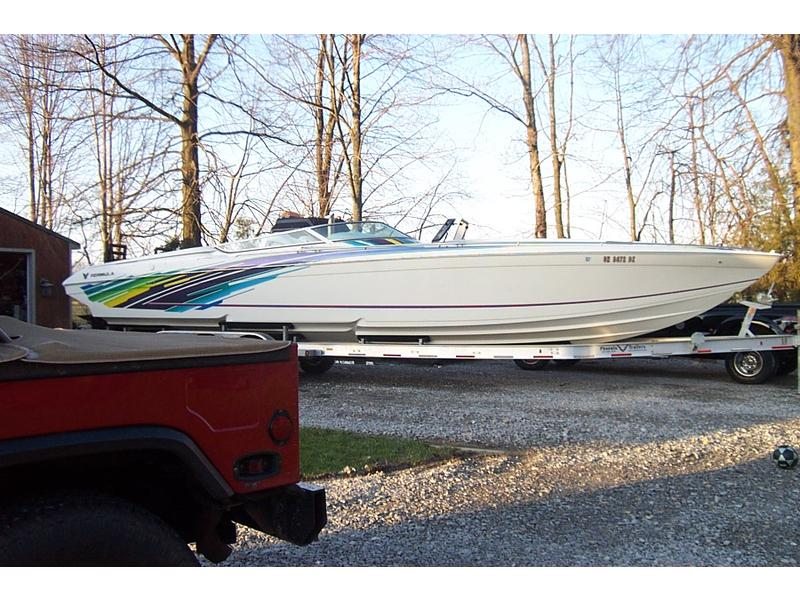 1999 Formula 419 Fastech powerboat for sale in Ohio