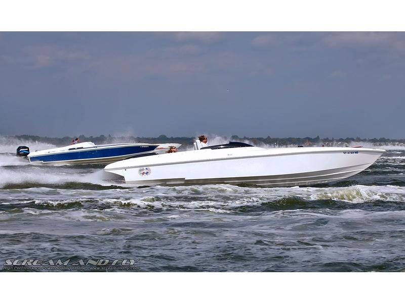 2008 SUPERBOAT 30 Y2K located in New York for sale