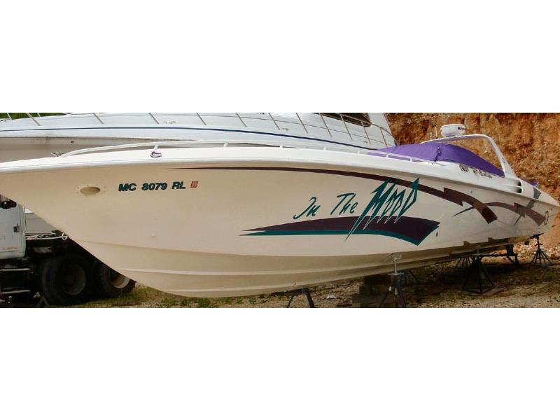 1997 Fountain 47 Lightning located in Missouri for sale