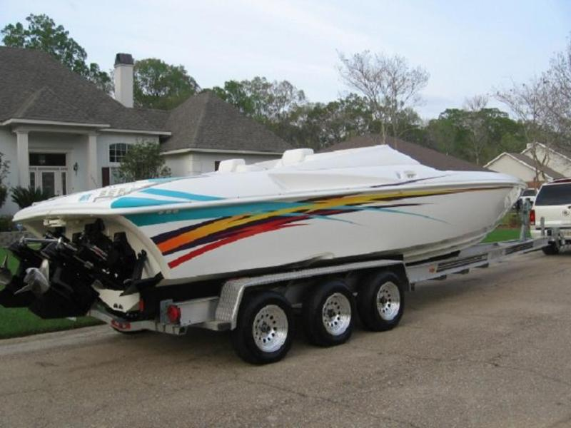 2001 SUNSATION DOMINATOR located in Louisiana for sale