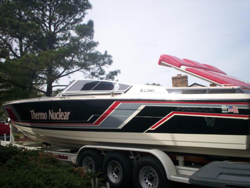 1987 Formula 357 SR1 powerboat for sale in Virginia