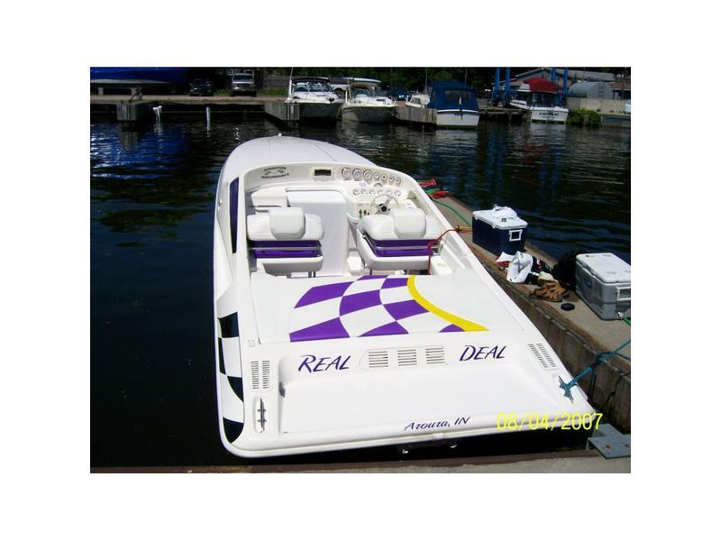 2000 Sunsation 32 Dominator located in New York for sale