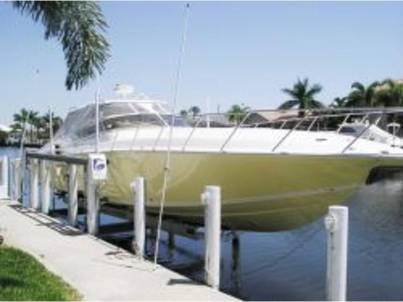 2008 Fountain Hardtop Express Cruiser located in Florida for sale