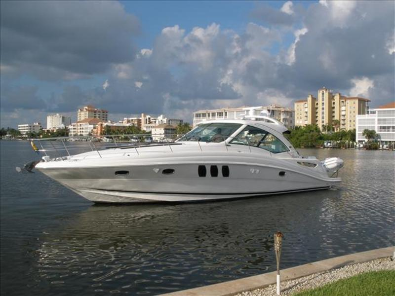 2006 Sea Ray Sundancer located in Florida for sale