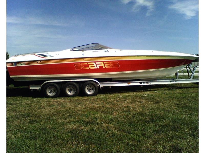 1990 Wellcraft Scarab Excel 31 located in Missouri for sale